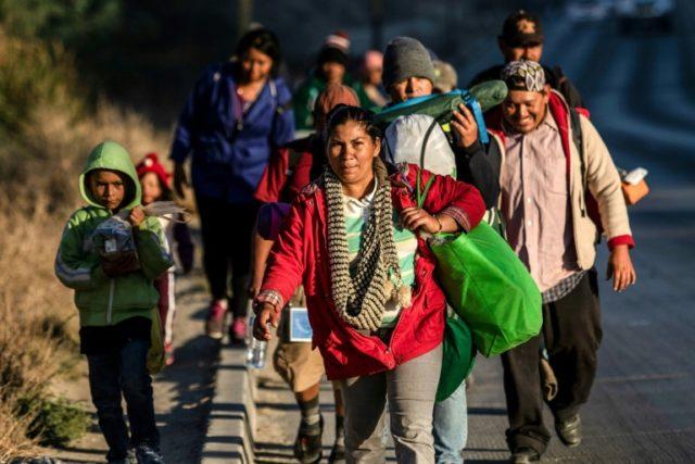 "Ortiz, Ildefonso y Darby, Brandon. ""Women from Migrant Caravan in Tijuana Plan Hunger Strike""."